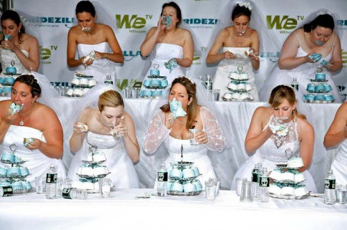 Wedding Cake Eating Contest.jpg (68 KB)