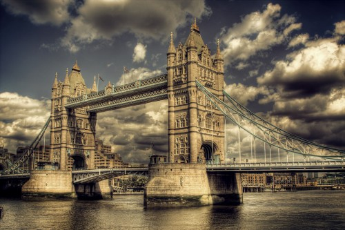 tower bridge.jpg (799 KB)