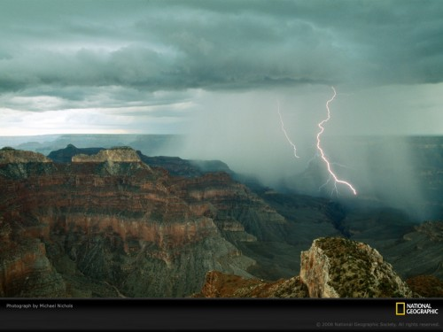 lightning-grand-canyon-nichols-983558-lw.jpg (218 KB)