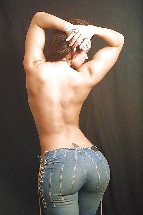 Y7lr8 backside Sexy NeSFW