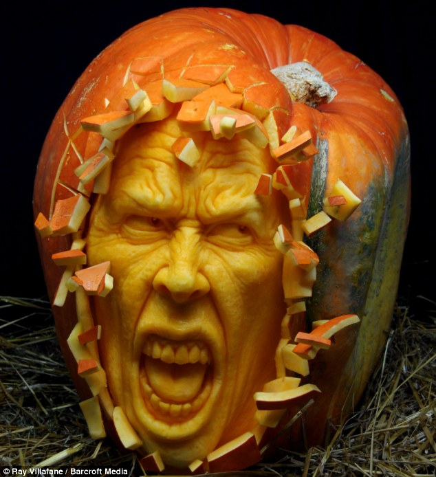 article 1324109 0BC5C772000005DC 841 634x694 Master pumpkin carver Ray Villafane wtf Movies Halloween Food