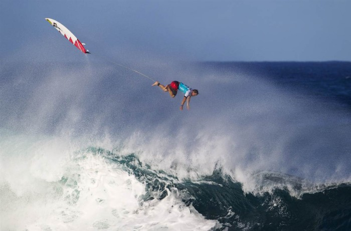 surfing.jpg (87 KB)