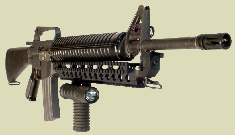 M16_Rail_M203grip_Light.JPG