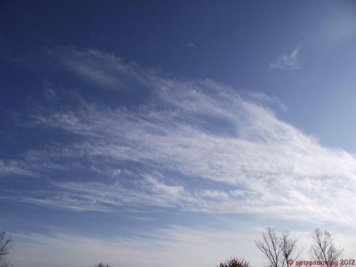 cloud5.JPG (211 KB)