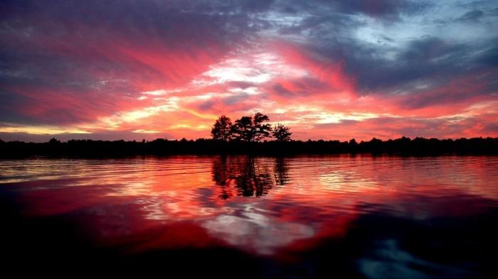 lakesunset.jpg (378 KB)