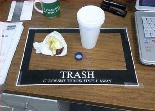 Trash.jpg (32 KB)