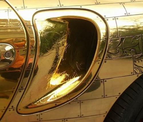 GoldPorsche2 500x427 Gold Porsche Cars