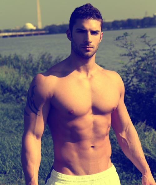 Adam-Ayash.jpg (123 KB)