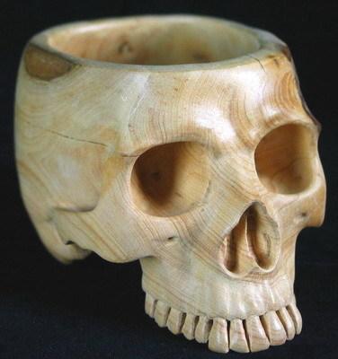 Boxwood-Carved-Crystal-Skull.JPG (35 KB)