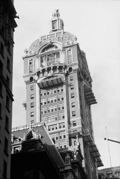 119898pv Singer building, NYC