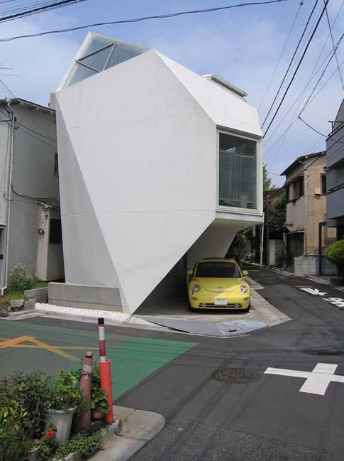 weird-japan-house1.jpg (54 KB)