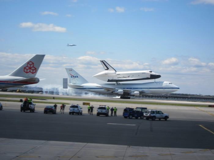 shuttle ride lands
