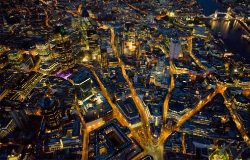 london1.jpg (460 KB)