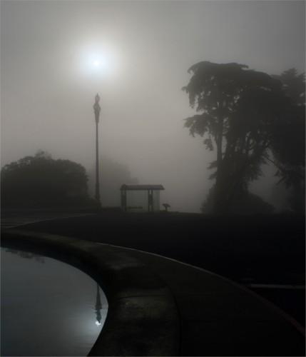 The_sun,_street_light_and_Parallax_edit.jpg (720 KB)