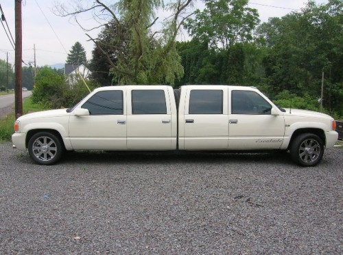 white1 500x373 Pushmepullyou Limo wtf Cars