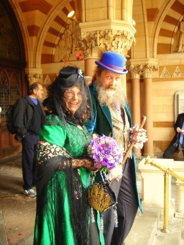 Alan Moore Wedding.jpg (434 KB)