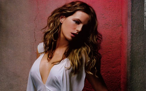 widescreengirls-beckinsale-006.jpg (207 KB)