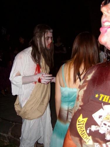 l afb2d3e7c3754e0282a87786fac4f40d 375x500 San Antonio Zombie Walk: Zombie Jesus Zombies
