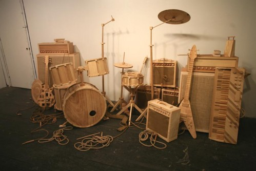 instruments.jpg (91 KB)