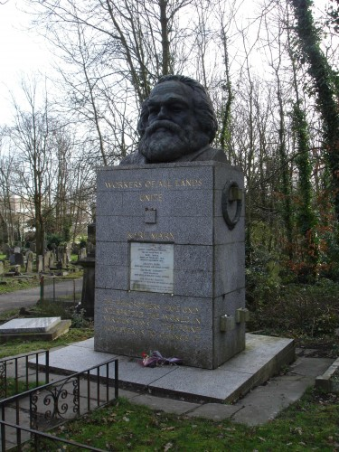 KarlMarx_Tomb.JPG (987 KB)
