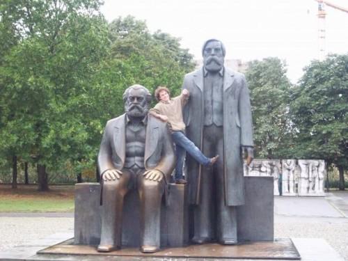 n839146739 740195 8345 500x375 Marx n Engels Politics