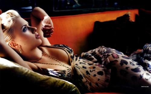 Scarlett Johansson – Leopard Dress