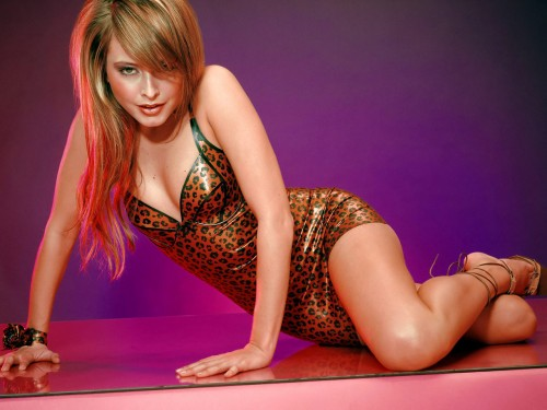 Holly Valance leopard print.jpg (223 KB)