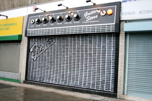 3263916059 8f1a7187d0 b 500x333 Guitar Store   Best shop front, ever Visual Tricks Humor Advertisements