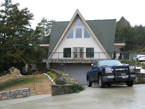 House.jpg (113 KB)