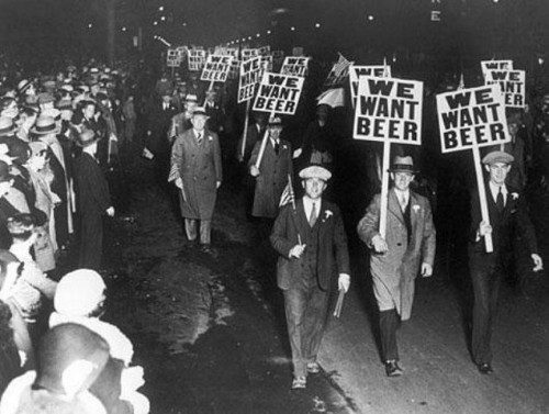 We Want Beer!.jpg (60 KB)