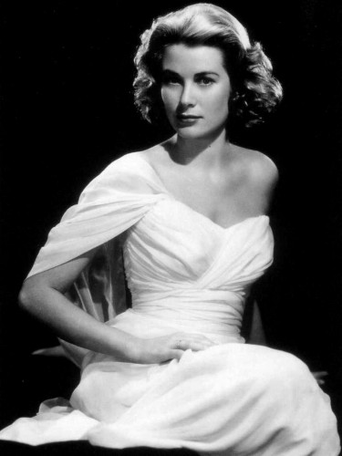 grace kelly 375x500 More Classic Beauties Sexy Josephine Baker Ingrid Bergman Grace Kelly Cyd Charisse Betty Grable