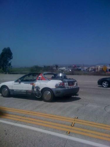 4758373 26fd43c709974cff45beadb9e09f25f5.49d7ce84 full 375x500 R2D2 in a car wtf star wars Cars