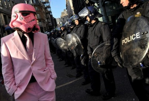 pinkstormtrooper.jpg (211 KB)