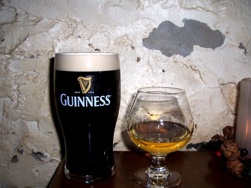 Guiness 500x375 Guiness and single malt Wallpaper Alcohol