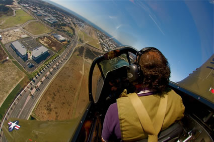 P51-Mustang flight view.jpg (31 KB)