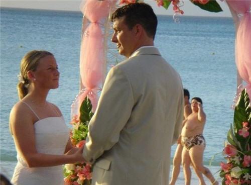 ruined-wedding-photo.jpg (32 KB)