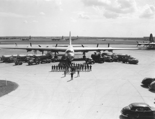 B 36 Peacemaker   personnel and equipment 500x384 B36 Peacemaker