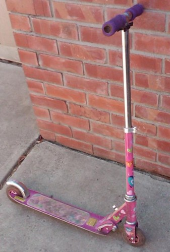 barbiescooter 337x500 Does M[C]S like the kings new scooter?