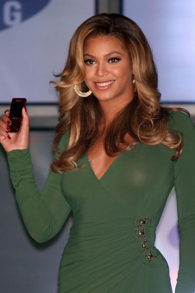 Beyonce See Through Green Dress | MyConfinedSpace