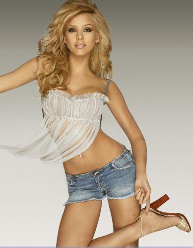 jessica-alba-jean-shorts