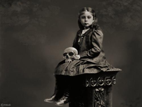 creepy-girl-with-skull.jpg