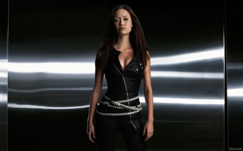 Summer Glau - Silver Belts