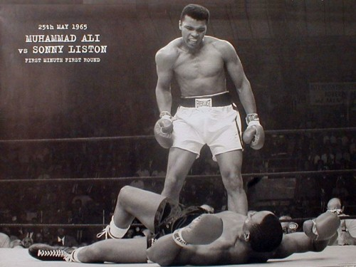 muhammad ali vs sonny liston 500x375 Muhammad Ali vs Sonny Liston wtf Sports