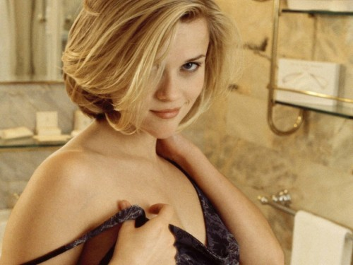 reese witherspoon bathroom 500x375 Reese Witherspoon   bathroom Wallpaper Sexy