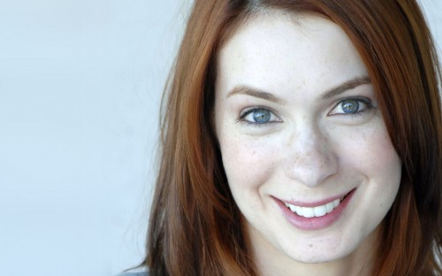 felicia day to the right  500x312 felicia day to the right  Wallpaper Sexy
