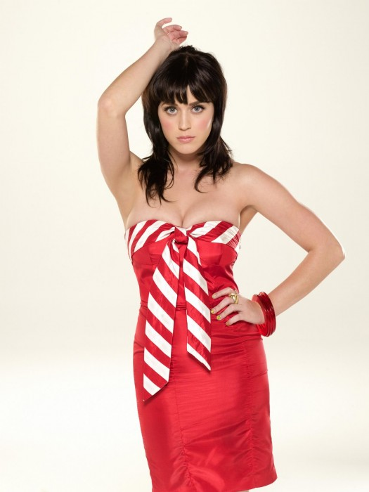 katy perry in red 525x700 katy perry in red Sexy