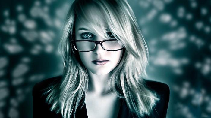 blonde in blue shade wallpaper