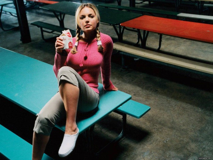 Katherine Heigl milk drinker