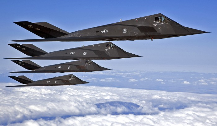stealth stack up - F-117 Formation