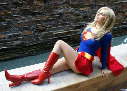 supergirl soaking in the sun 500x358 supergirl soaking in the sun Sexy cosplay Comic Books